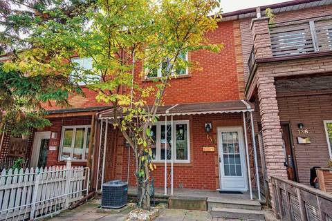 Townhouse for rent at 134 Claremont St Toronto Ontario - MLS: C4616193