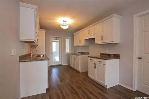 House for sale at 134 College Ave Regina Saskatchewan - MLS: SK766636