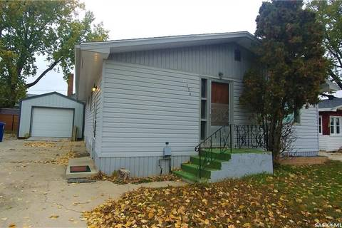 House for sale at 134 Maple Ave N Eastend Saskatchewan - MLS: SK797211