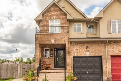 Townhouse for sale at 134 Meadow Wood Cres Hamilton Ontario - MLS: X4563994