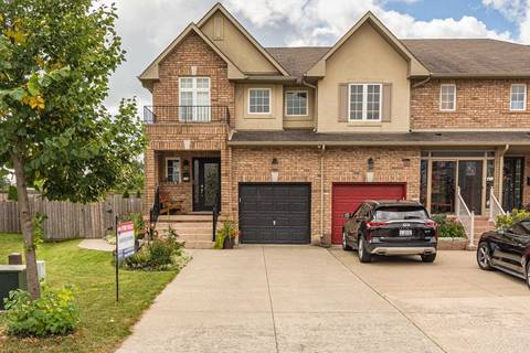 Townhouse for sale at 134 Meadow Wood Cres Hamilton Ontario - MLS: X4633032
