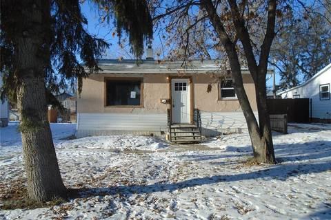 House for sale at 134 Ottawa St N Regina Saskatchewan - MLS: SK795293