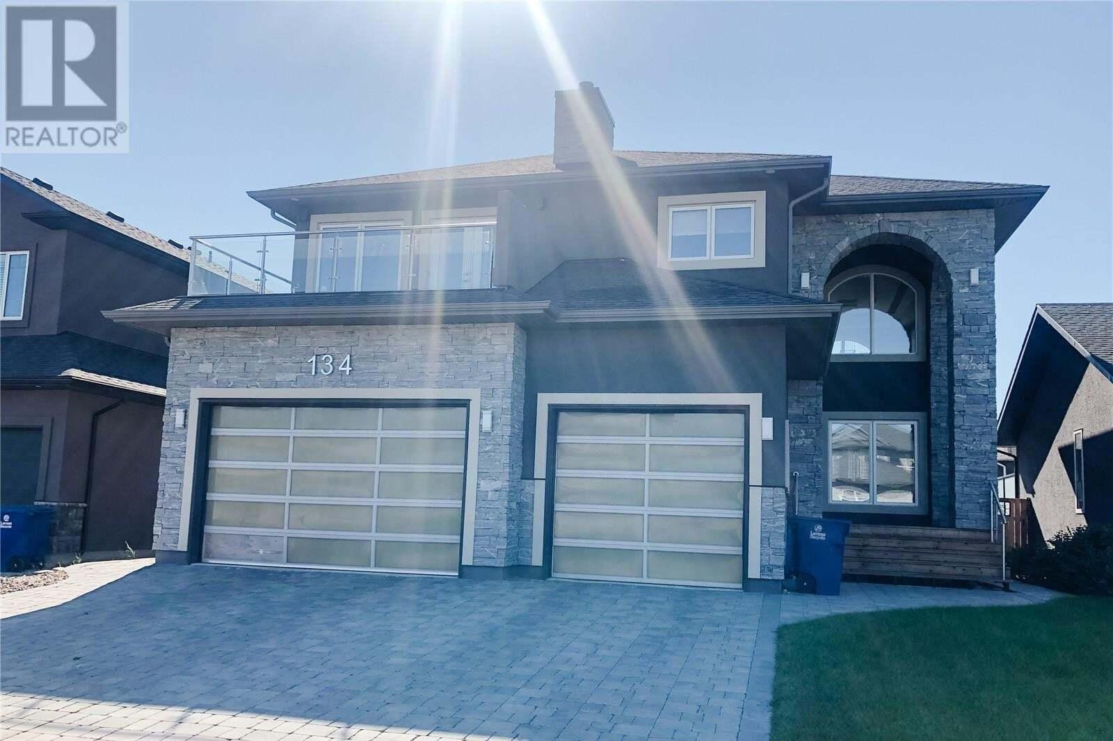 House for sale at 134 Roy Cres Saskatoon Saskatchewan - MLS: SK827009