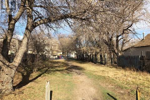 Residential property for sale at 134 V Ave S Saskatoon Saskatchewan - MLS: SK806190