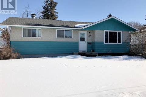 House for sale at 134 Vancouver Ave S Saskatoon Saskatchewan - MLS: SK803654