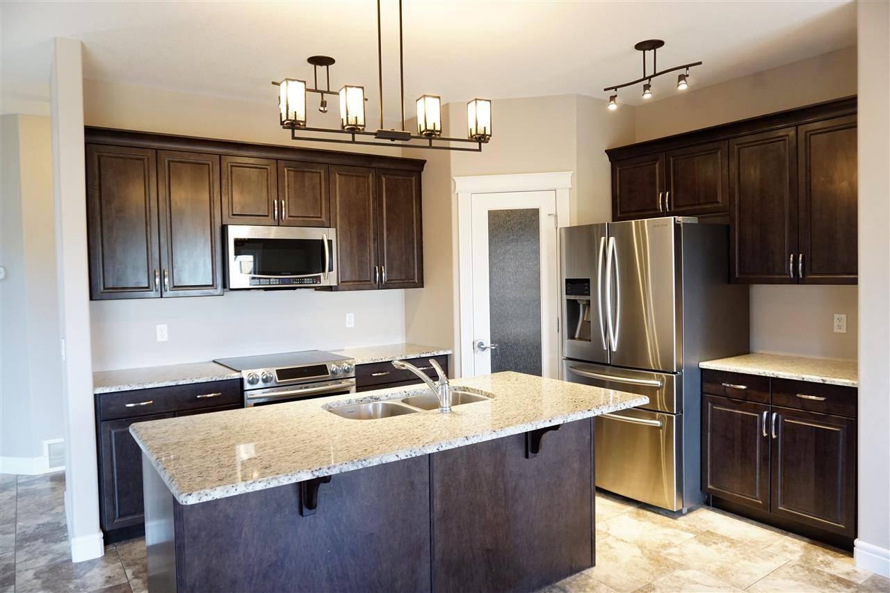 House for sale at 134 Woodhill Ln Fort Saskatchewan Alberta - MLS: E4158281