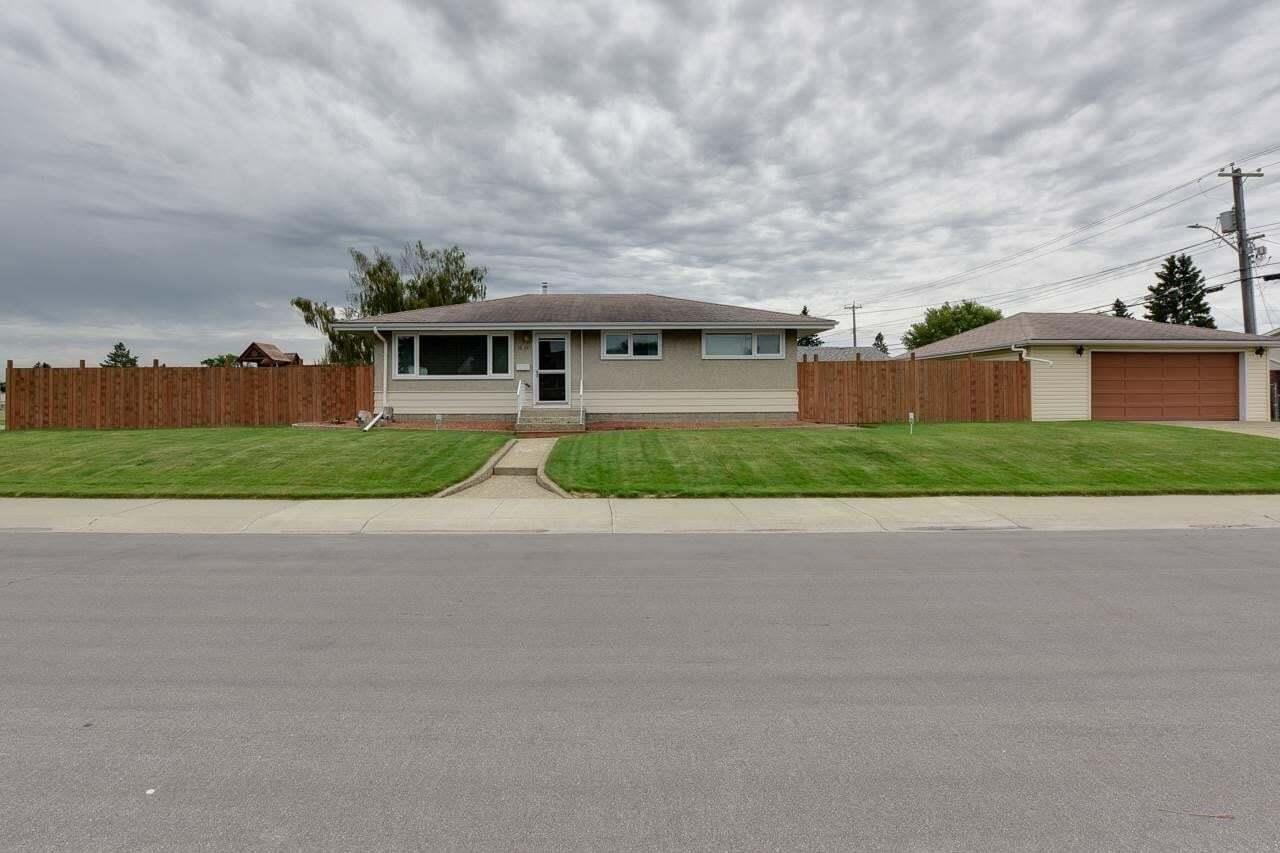 House for sale at 13403 135 Av NW Edmonton Alberta - MLS: E4205637