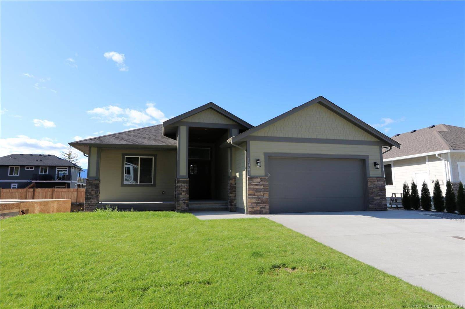 House for sale at 1341 24 St Southeast Salmon Arm British Columbia - MLS: 10190494