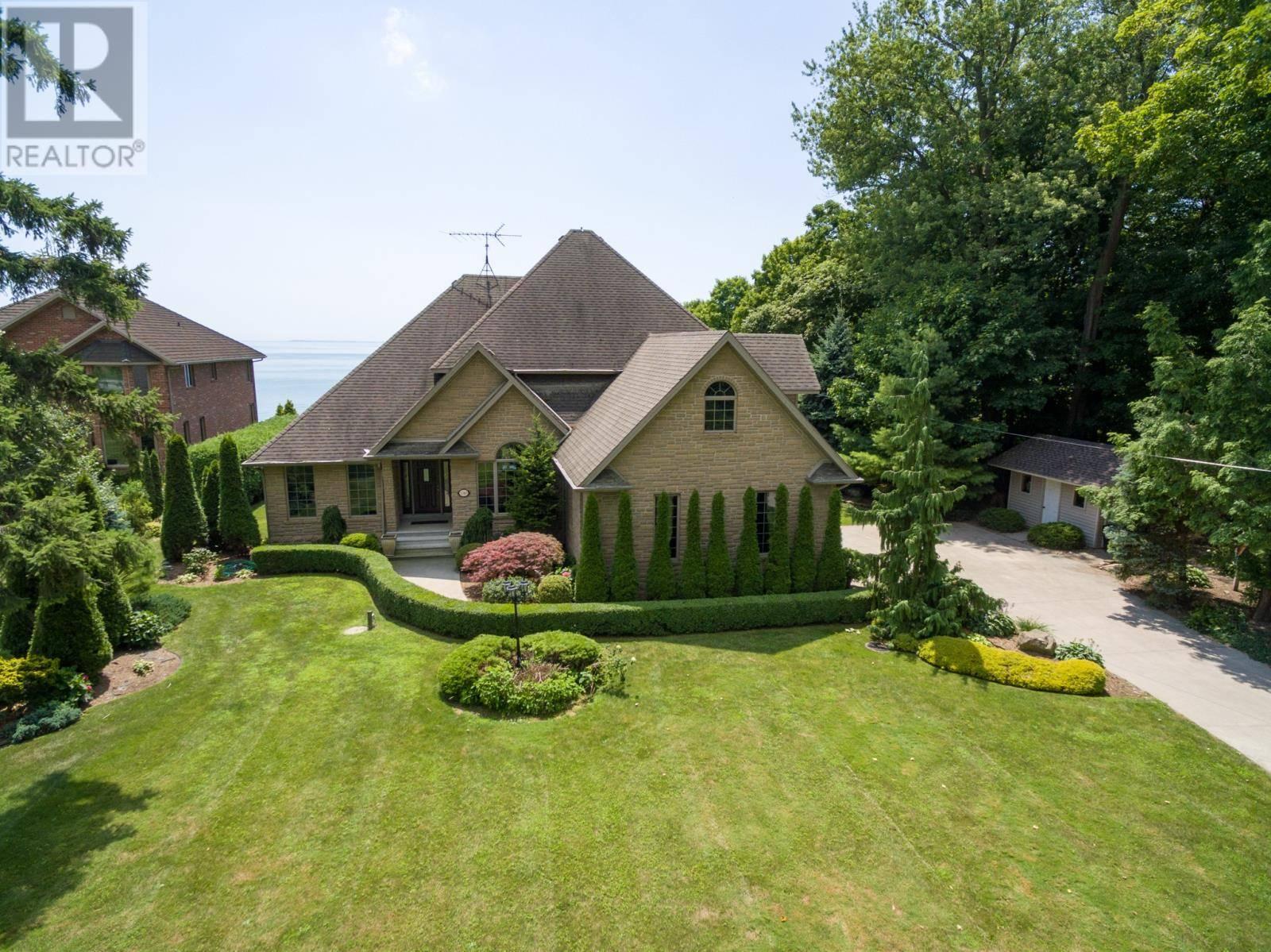 House for sale at 1343 Suncrest Rd Kingsville Ontario - MLS: 19022722