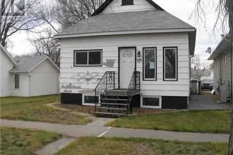 House for sale at 135 2 St E Brooks Alberta - MLS: sc0166597