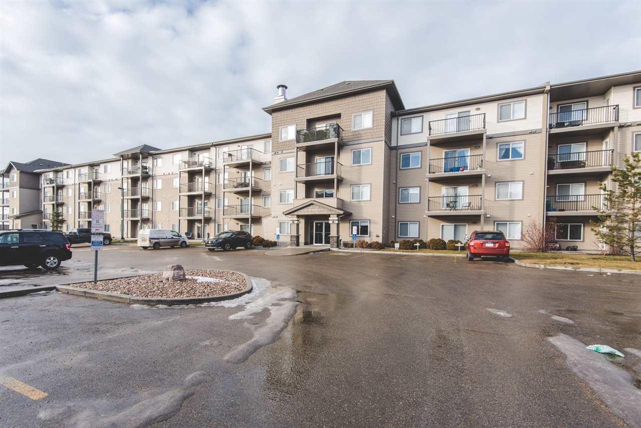 Buliding: 301 Clareview Station Drive, Edmonton, AB