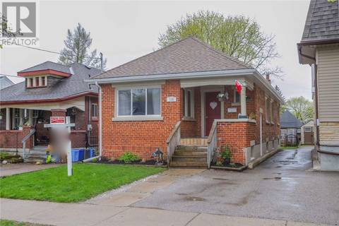 House for sale at 135 Arundell St London Ontario - MLS: 197207