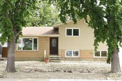 House for sale at 135 Birchwood Cres Regina Saskatchewan - MLS: SK782962