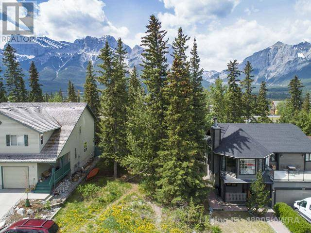 Home for sale at 135 Cougar Point Rd Canmore Alberta - MLS: 48905