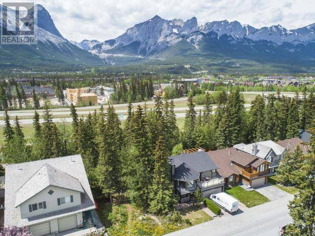 135 Cougar Point Road, Canmore   Image 2
