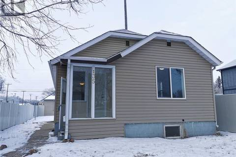 House for sale at 135 E Ave S Saskatoon Saskatchewan - MLS: SK794036