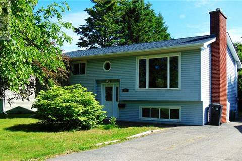 House for sale at 135 Emmerson St Fredericton New Brunswick - MLS: NB026386