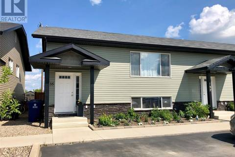 Townhouse for sale at 135 Guenther Cres Warman Saskatchewan - MLS: SK777445