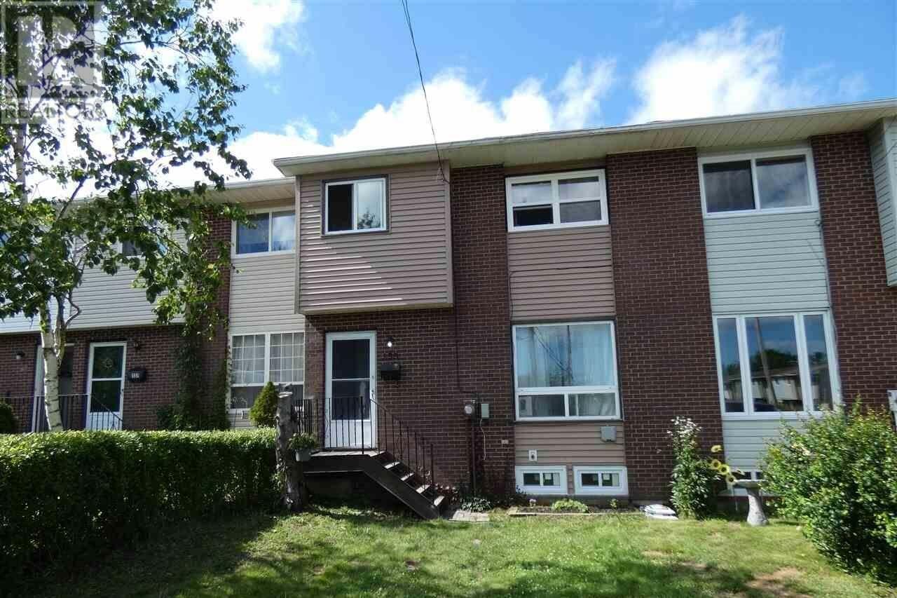 Townhouse for sale at 135 Merrimac Dr Cole Harbour Nova Scotia - MLS: 202013481