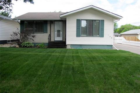 House for sale at 135 Montreal Ave S Saskatoon Saskatchewan - MLS: SK778674