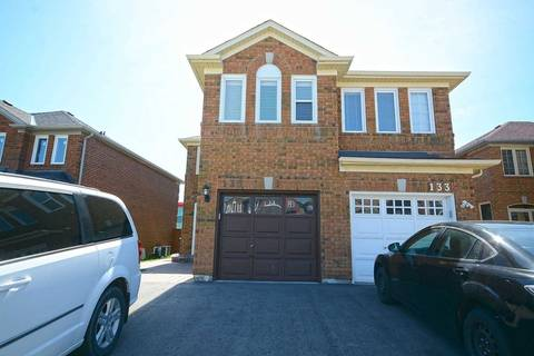 Townhouse for rent at 135 Oatfield Rd Brampton Ontario - MLS: W4509314