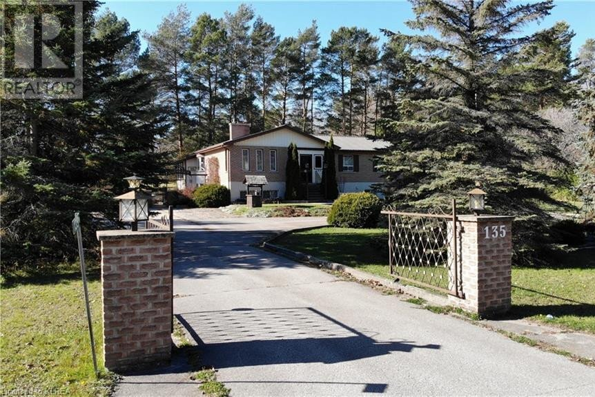 House for sale at 135 Princes St West Fenelon Falls Ontario - MLS: 40040434