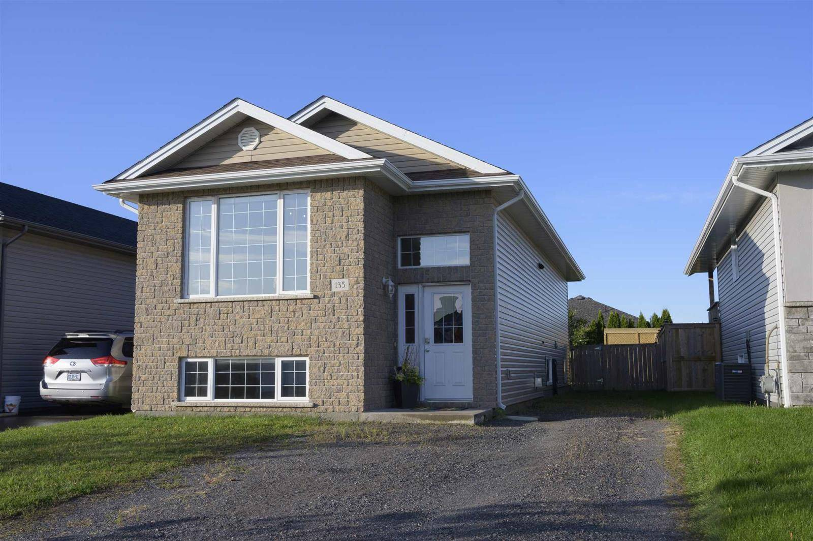 House for sale at 135 Reindeer Ave Thunder Bay Ontario - MLS: TB193356
