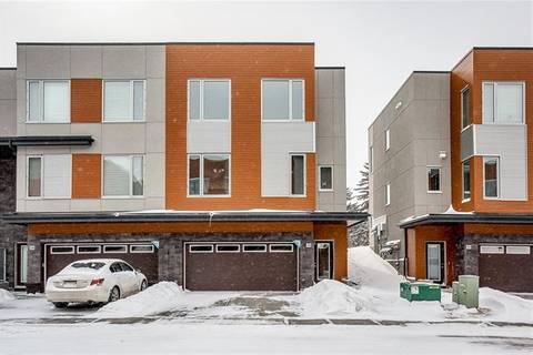 Townhouse for sale at 135 Shawnee Common Southwest Calgary Alberta - MLS: C4291473