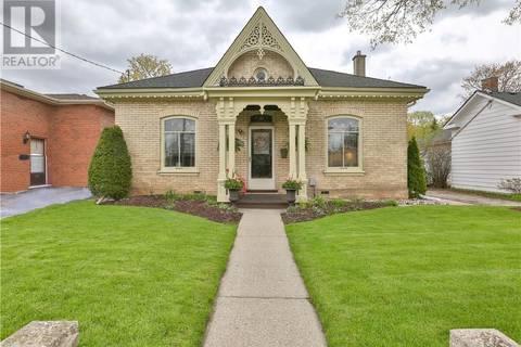 House for sale at 135 Sydenham St Brantford Ontario - MLS: 30734270