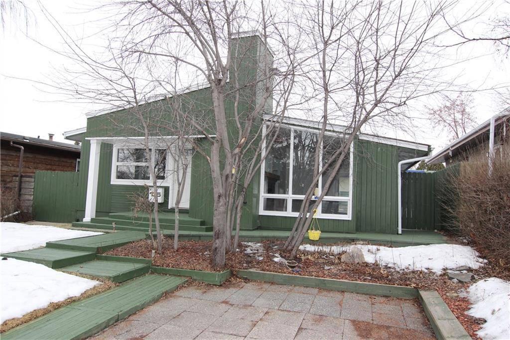 House for sale at 135 Van Horne Cres Ne Vista Heights, Calgary Alberta - MLS: C4285255