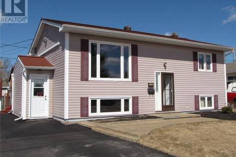 House for sale at 135 Virginia Ave Dieppe New Brunswick - MLS: M122182