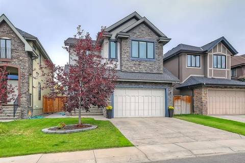 House for sale at 135 West Coach Wy Southwest Calgary Alberta - MLS: C4239327