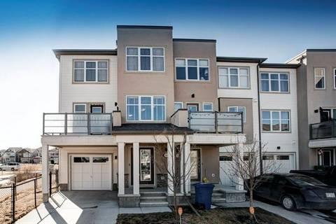 Townhouse for sale at 135 Windford Garden(s) Southwest Airdrie Alberta - MLS: C4293453
