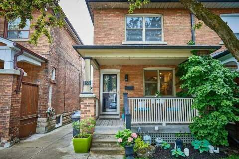 Townhouse for sale at 135 Woodycrest Ave Toronto Ontario - MLS: E4774112
