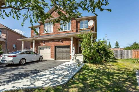 Townhouse for sale at 135 Zia Dodda Cres Brampton Ontario - MLS: W4552203