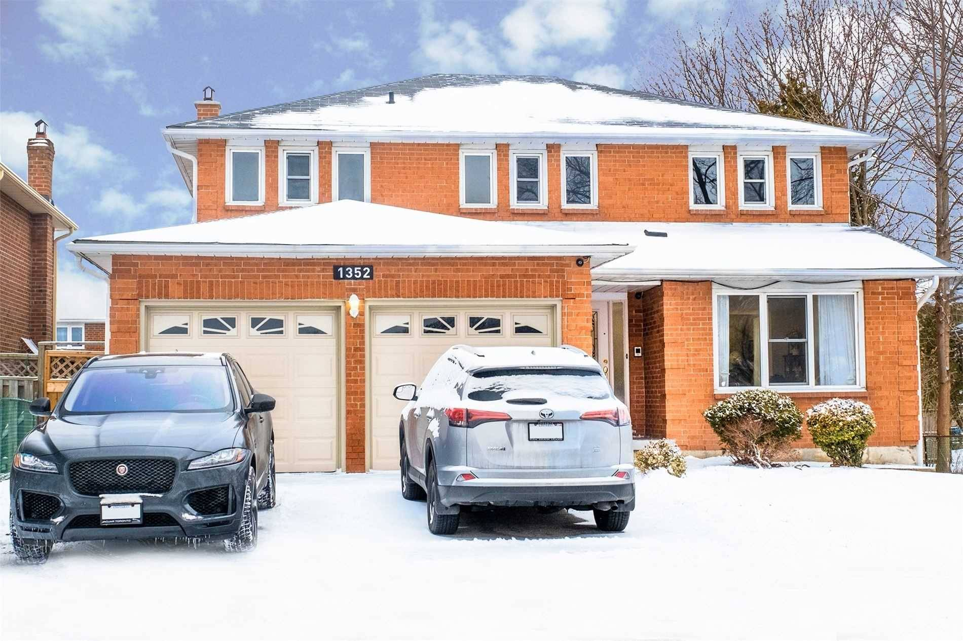 House for sale at 1352 Cawthra Rd Mississauga Ontario - MLS: W4668621