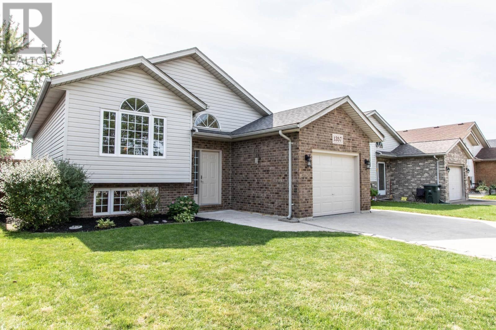 House for sale at 1357 Jessop  Windsor Ontario - MLS: 19025416