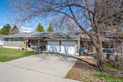 Townhouse for sale at 1358 Bernard Ave Kelowna British Columbia - MLS: 10186658