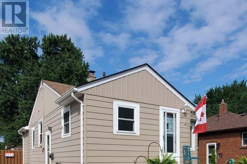 House for sale at 1359 Bernard  Windsor Ontario - MLS: 20009719