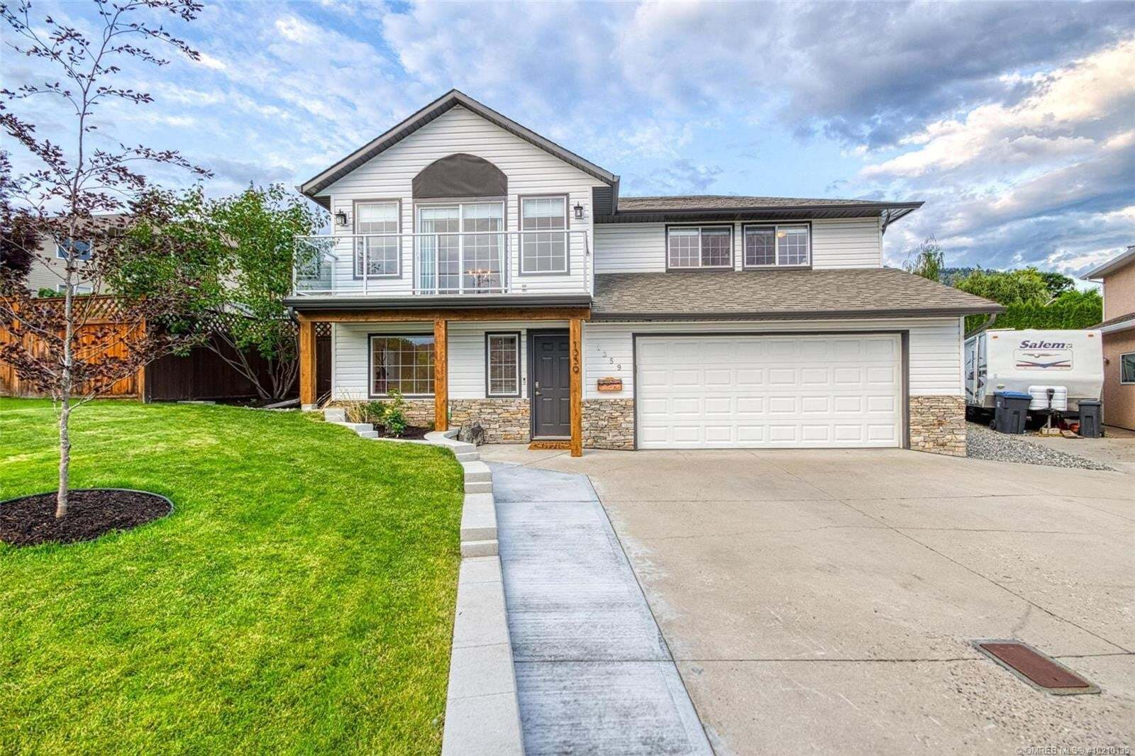 House for sale at 1359 Loseth Dr Kelowna British Columbia - MLS: 10210135