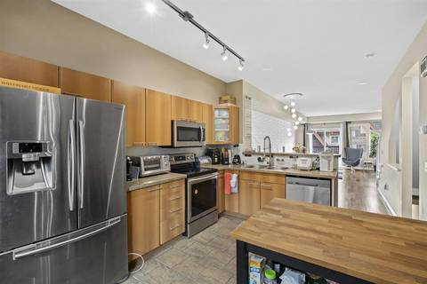 Townhouse for sale at 2000 Panorama Dr Unit 136 Port Moody British Columbia - MLS: R2448549