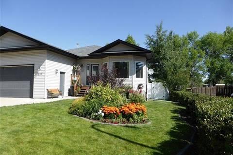House for sale at 136 Allen Cres Vulcan Alberta - MLS: C4278480