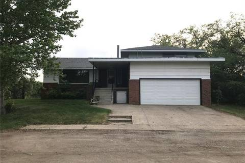 House for sale at 136 Bruce Ave Carbon Alberta - MLS: C4236965