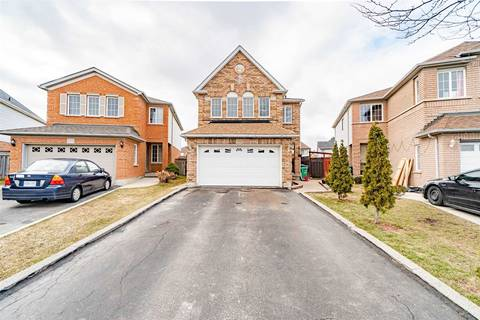 House for sale at 136 Bunchberry Wy Brampton Ontario - MLS: W4732598