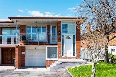 Townhouse for sale at 136 Cabana Dr Toronto Ontario - MLS: W4442327