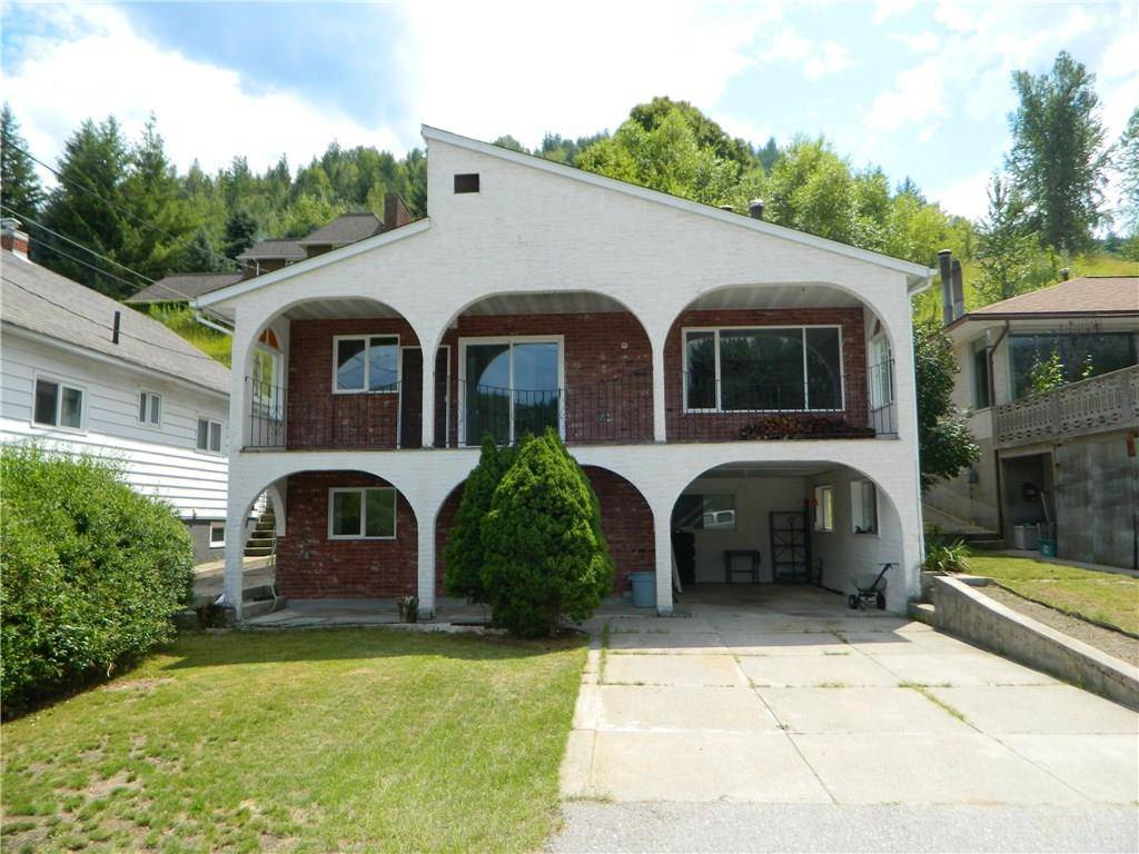 House for sale at 136 Colley St Warfield British Columbia - MLS: 2439010