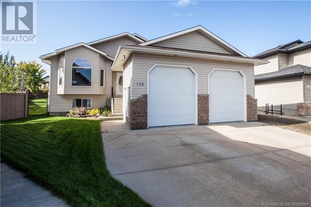 House for sale at 136 Crystal Heights Lane  Grande Prairie Alberta - MLS: GP208991
