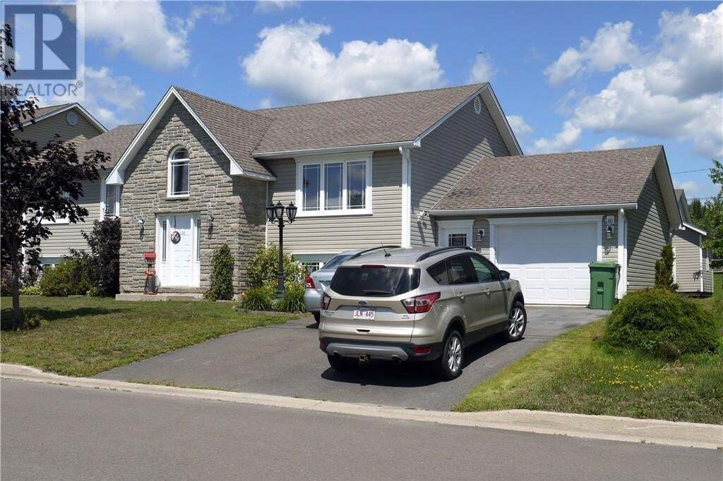 House for sale at 136 Randolph St Fredericton New Brunswick - MLS: NB046967