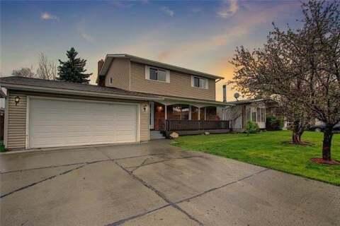 House for sale at 136 Rundlefield Cs Northeast Calgary Alberta - MLS: C4297282