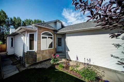 House for sale at 136 Valley Meadow Cs Northwest Calgary Alberta - MLS: C4280191